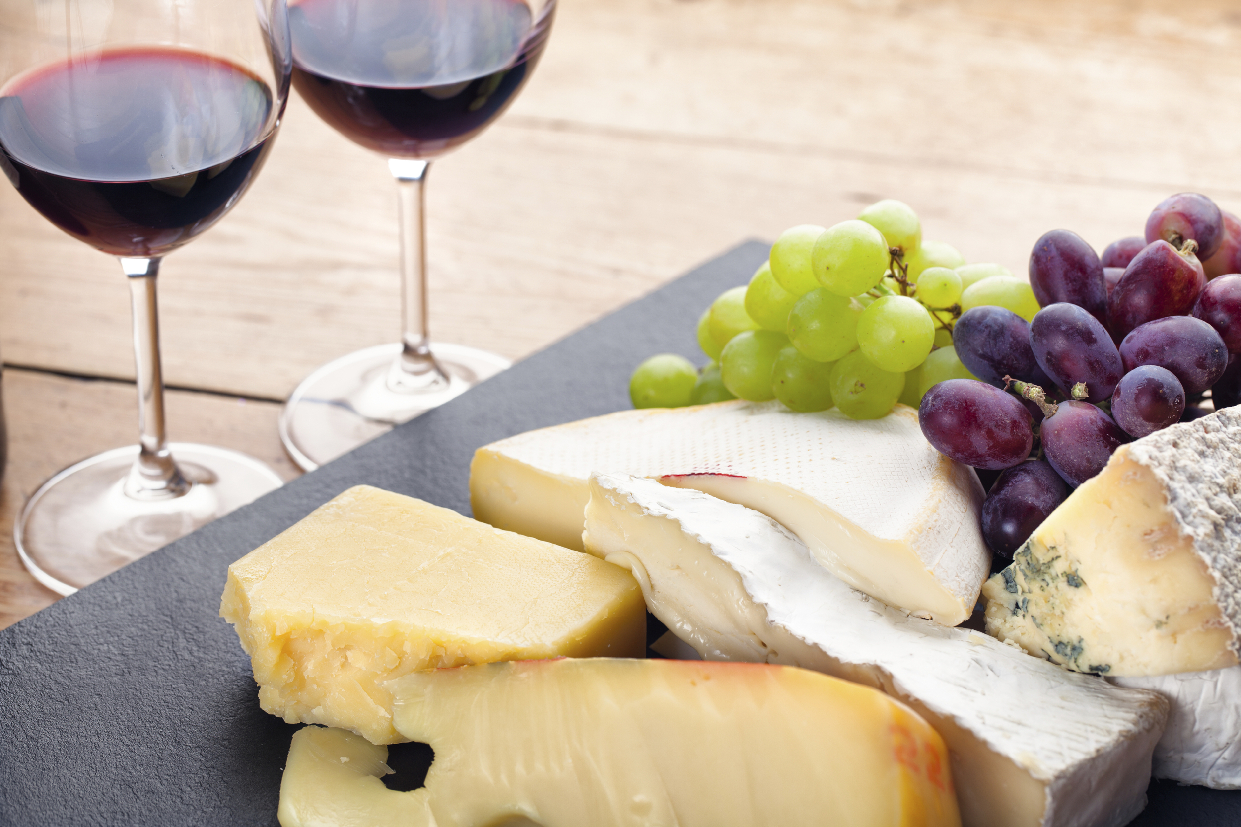 A Quick Guide to French Wines & Food Pairing